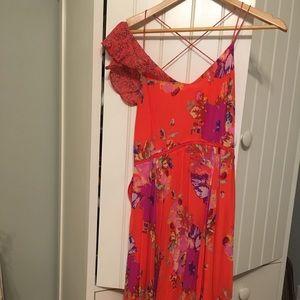 Anthropologie/MAEVE red Floral Dress